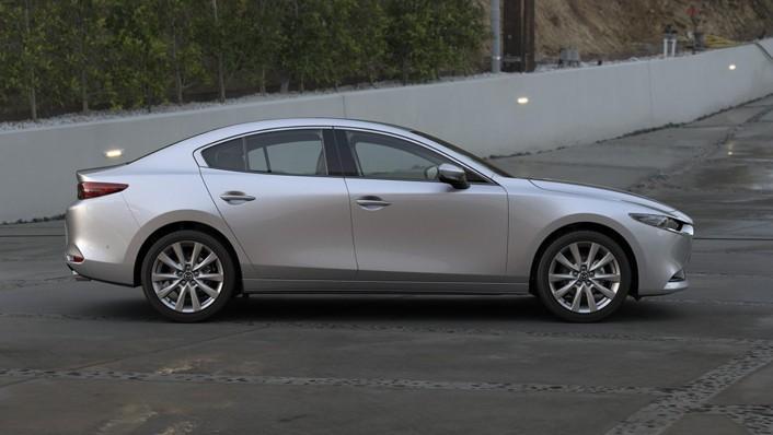 Mazda 3 Sedan Public 2020 Exterior 006