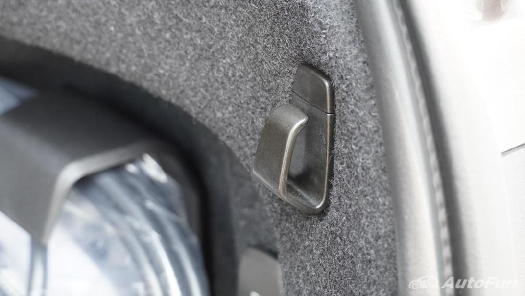 2021 Volvo S90 Recharge Interior 055