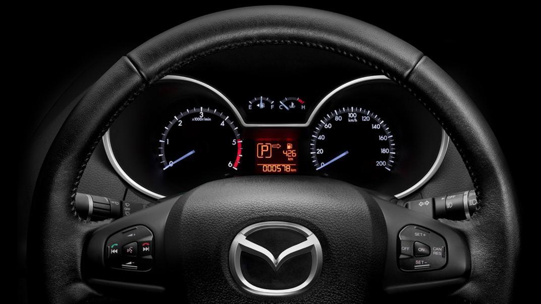 Mazda BT-50 Pro 2020 Interior 003