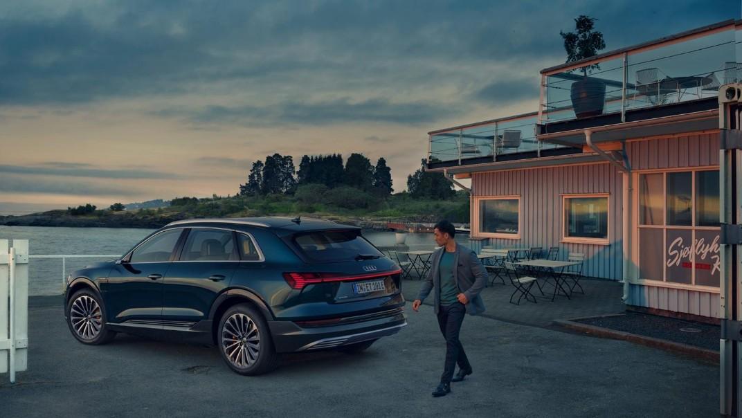 Audi E Tron 2020 Exterior 022