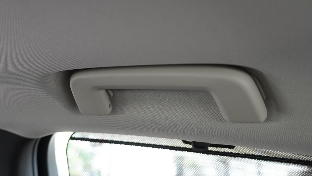 2021 Volvo S90 Recharge Interior 049