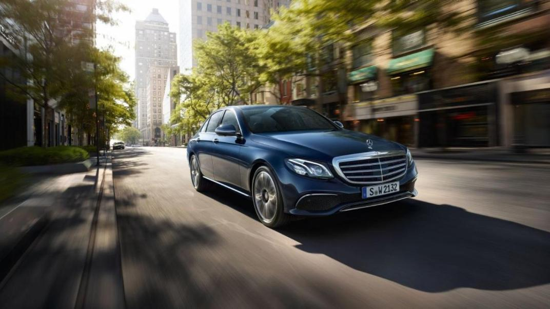 Mercedes-Benz E-Class Saloon 2020 Exterior 012