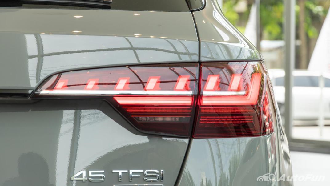 2020 Audi A4 Avant 2.0 45 TFSI Quattro S Line Black Edition Exterior 075