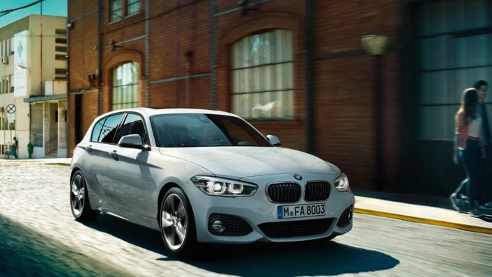 BMW 1-Series-5-Door 2020 Exterior 001