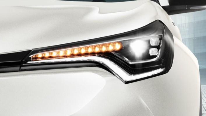 Toyota C-HR 2020 Exterior 005