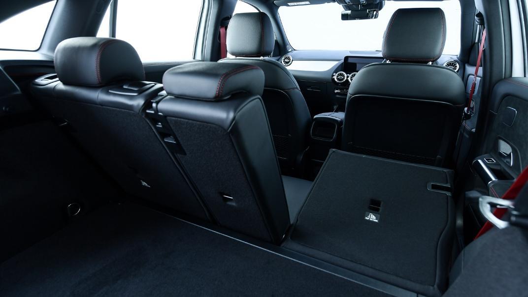 2021 Mercedes-Benz GLA-Class 35 AMG 4MATIC Interior 097