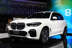 New 2020 BMW X5 xDrive30d CKD ตัดออพชั่น หั่นค่าตัวเหลือ 4.699 ล้านบาท