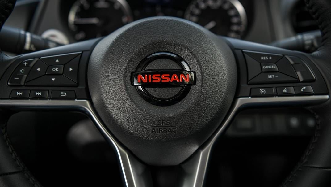 2021 Nissan Navara PRO-4X Interior 065