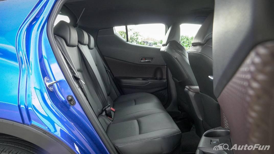 2021 Toyota C-HR Hybrid Premium Safety Interior 058