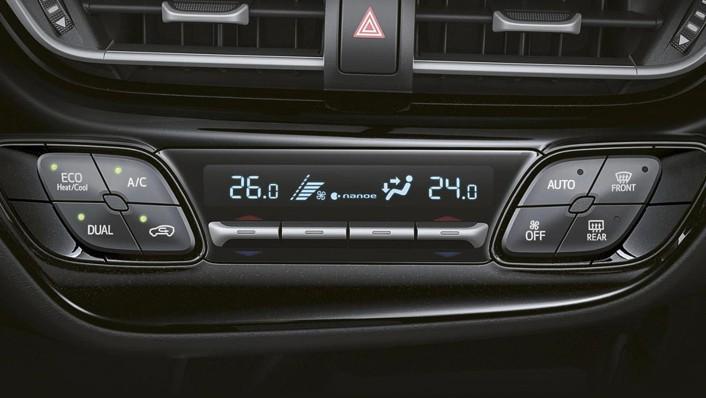 Toyota C-HR 2020 Interior 007