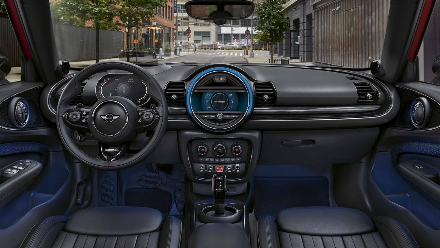 Mini Clubman 2020 Interior 001