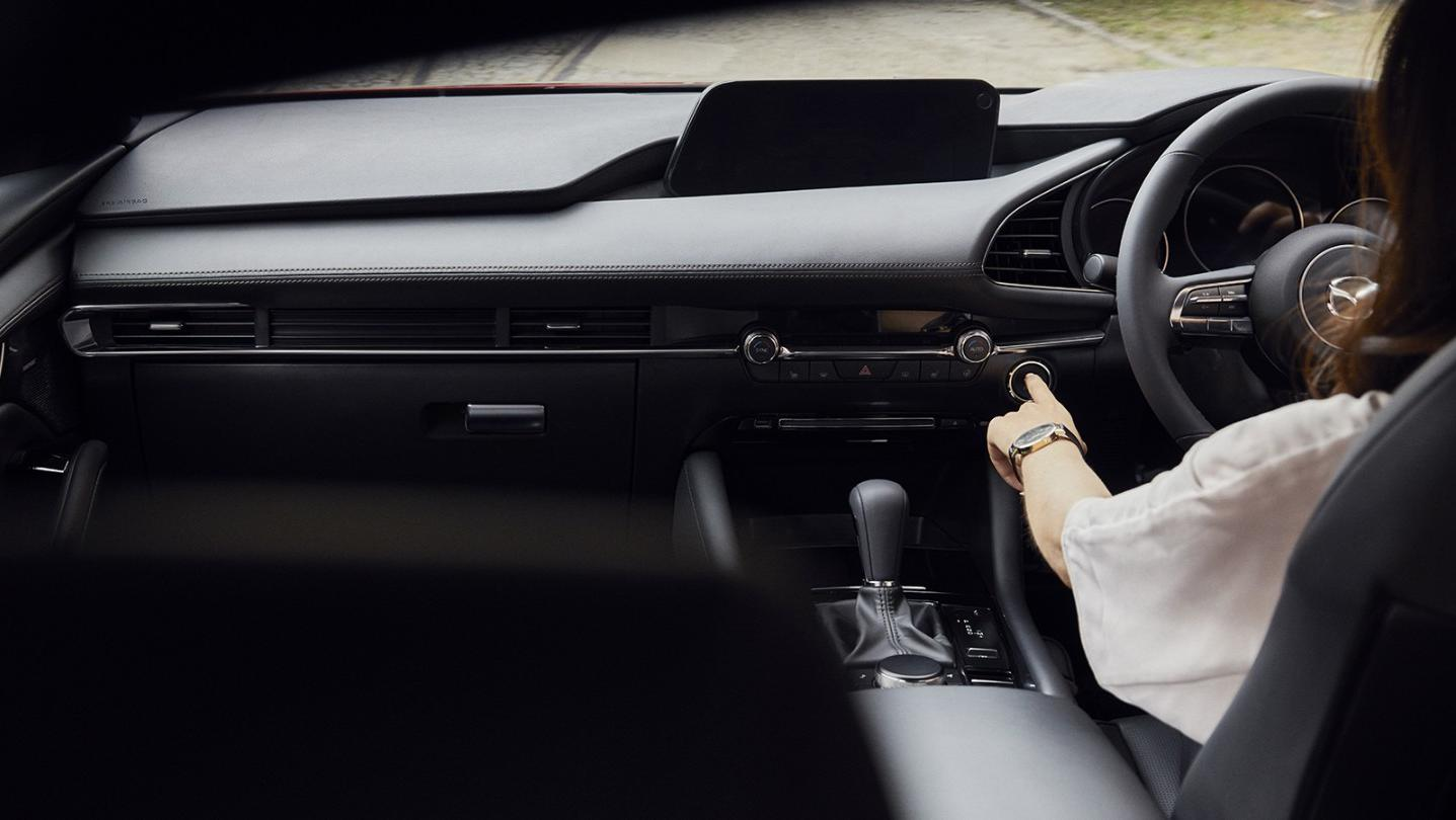 Mazda 3 Fastback Public 2020 Interior 001