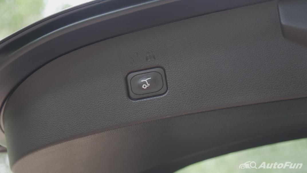 2021 Ford Everest 2.0L Turbo Titanium 4x2 10AT - SPORT Interior 069