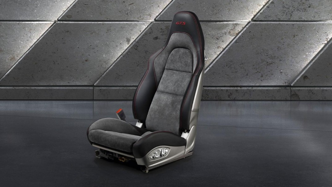 Porsche 911 Public 2020 Interior 009