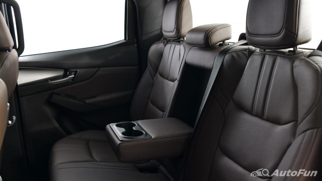 Mazda BT-50 Pro 2021 Interior 075