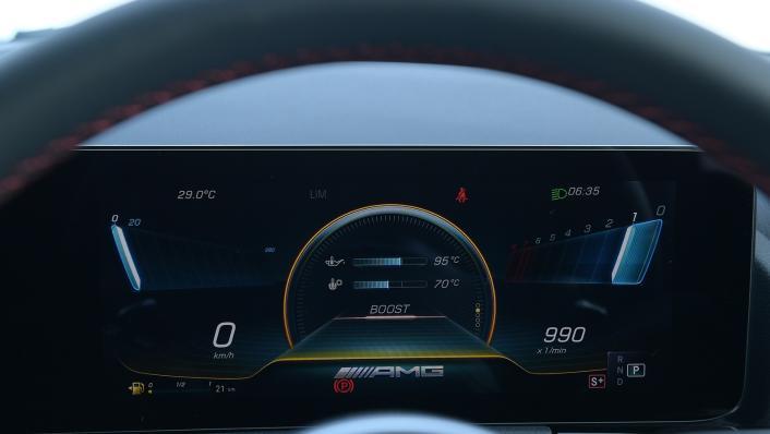 2021 Mercedes-Benz GLA-Class 35 AMG 4MATIC Interior 005
