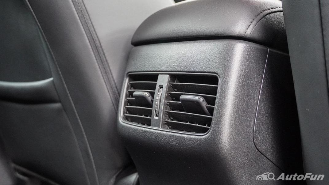 2020 Mazda 3 Fastback 2.0 SP Sports Interior 041
