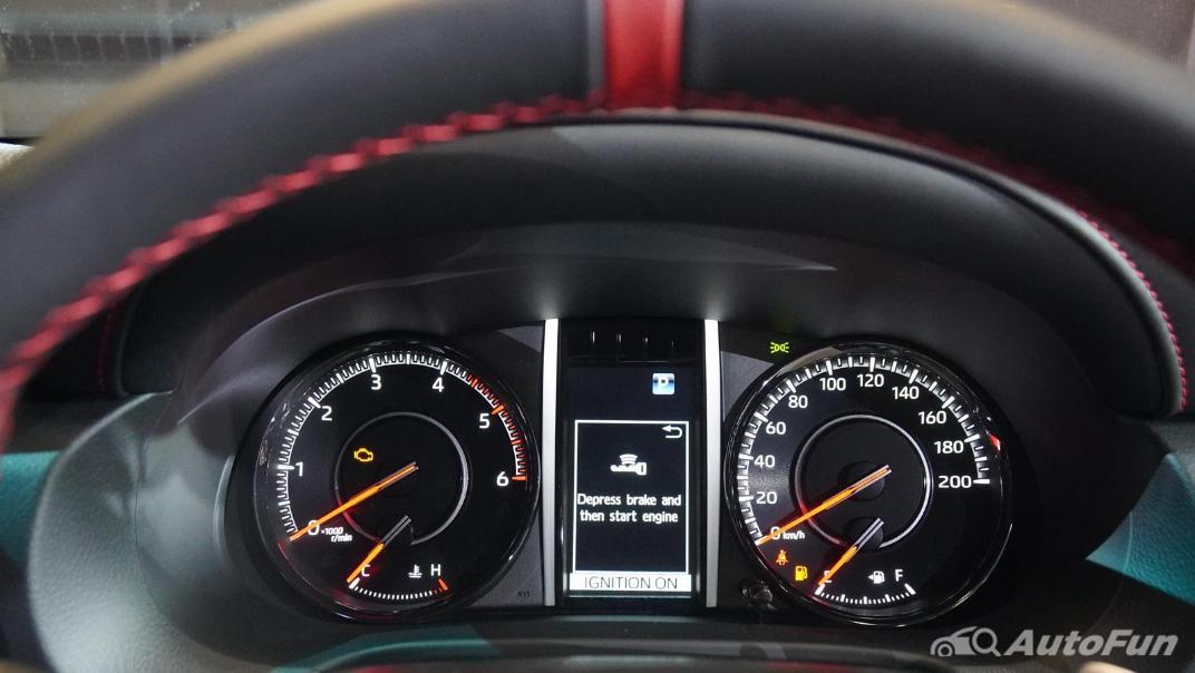 2021 Toyota Fortuner 2.8 GR Sport 4WD Interior 012