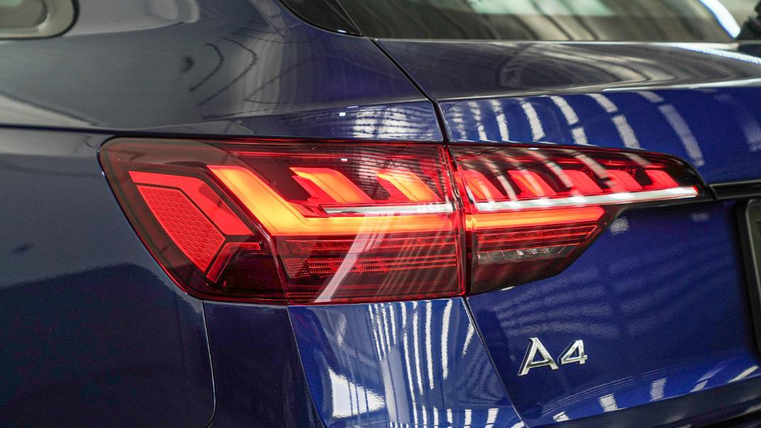 2020 Audi A4 Avant 2.0 45 TFSI Quattro S Line Black Edition Exterior 127