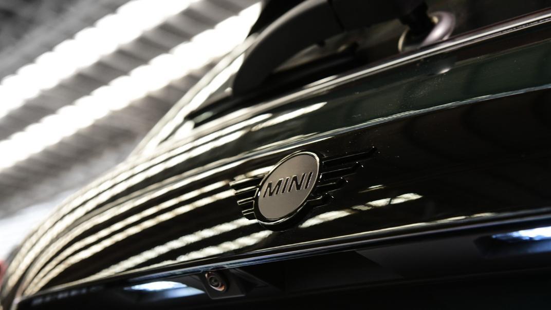 2021 Mini 3-Door Hatch John Cooper Works Exterior 007
