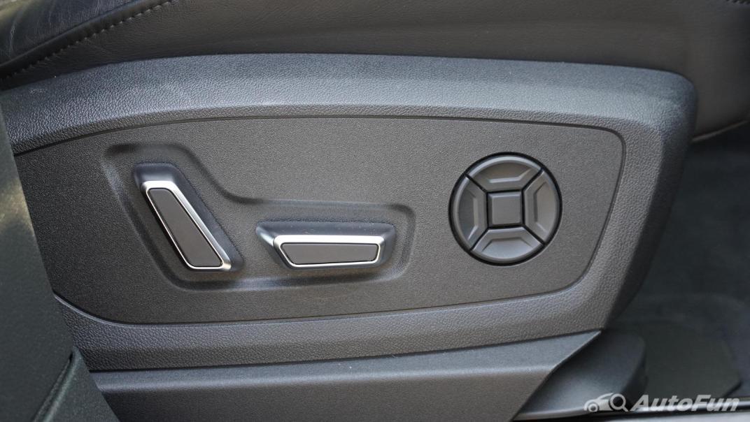 2020 Audi E Tron Sportback 55 quattro S line Interior 048