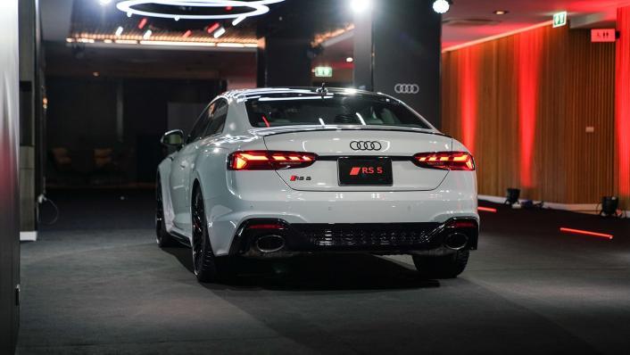 2021 Audi RS 5 Coupe quattro Exterior 002