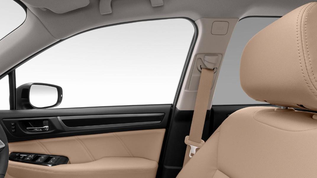 Subaru Outback 2.5i-S Interior 003
