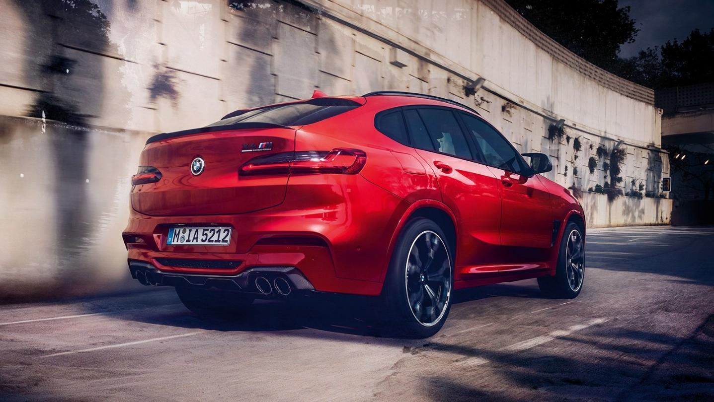 BMW X4-M Public 2020 Exterior 005