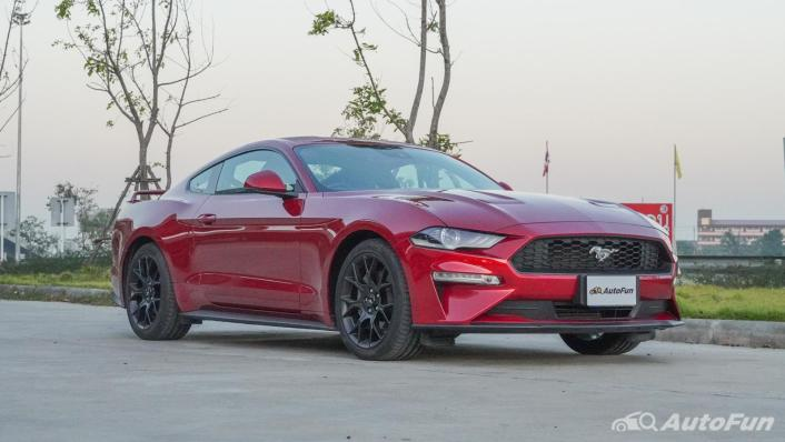 2020 Ford Mustang 2.3L EcoBoost Exterior 003