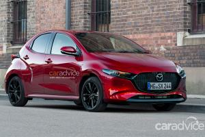 ใครจะซื้อยั้งมือไว้ก่อน! 2022 Mazda 2 ใหม่มีไฮบริดชัวร์ปีหน้า รถไฟฟ้าตามมาเร็ว ๆ นี้