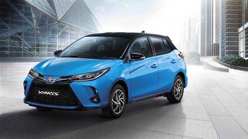 วัดมวย 2020 Toyota Yaris เทียบสเปก 2019 Mitsubishi Mirage อีโคคาร์แฮทช์แบ็กรุ่นเล็ก 02