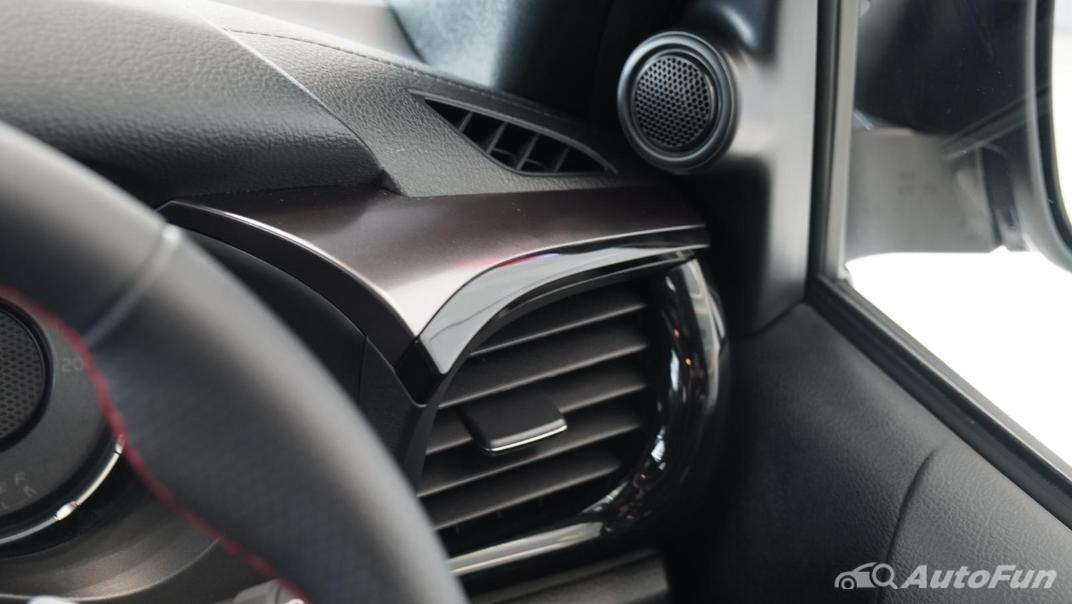 2021 Toyota Hilux Revo Double Cab 4x4 2.8 GR Sport AT Interior 016