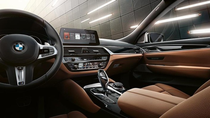 BMW 6-Series-Gran-Turismo 2020 Interior 001