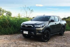 ลองขับ Toyota Revo Rocco 2020 ไมเนอร์เชนจ์ ลงทางเรียบและลุยเลอะ เปลี่ยนเยอะแต่คุ้มหรือไม่ ?