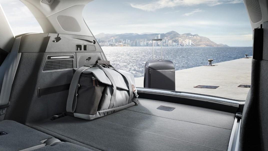 Audi Q5 2020 Interior 015