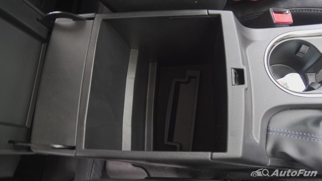 2021 Ford Everest 2.0L Turbo Titanium 4x2 10AT - SPORT Interior 032