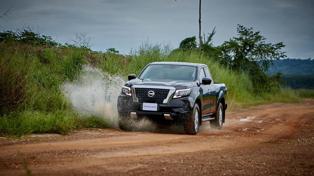 2021 Nissan Navara PRO-4X Exterior 128