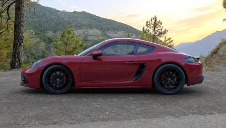 ราคา Porsche 718 GT4 ใหม่ สเปค รูปภาพ รีวิวรถใหม่โดยทีมงานนักข่าวสายยานยนต์ | AutoFun