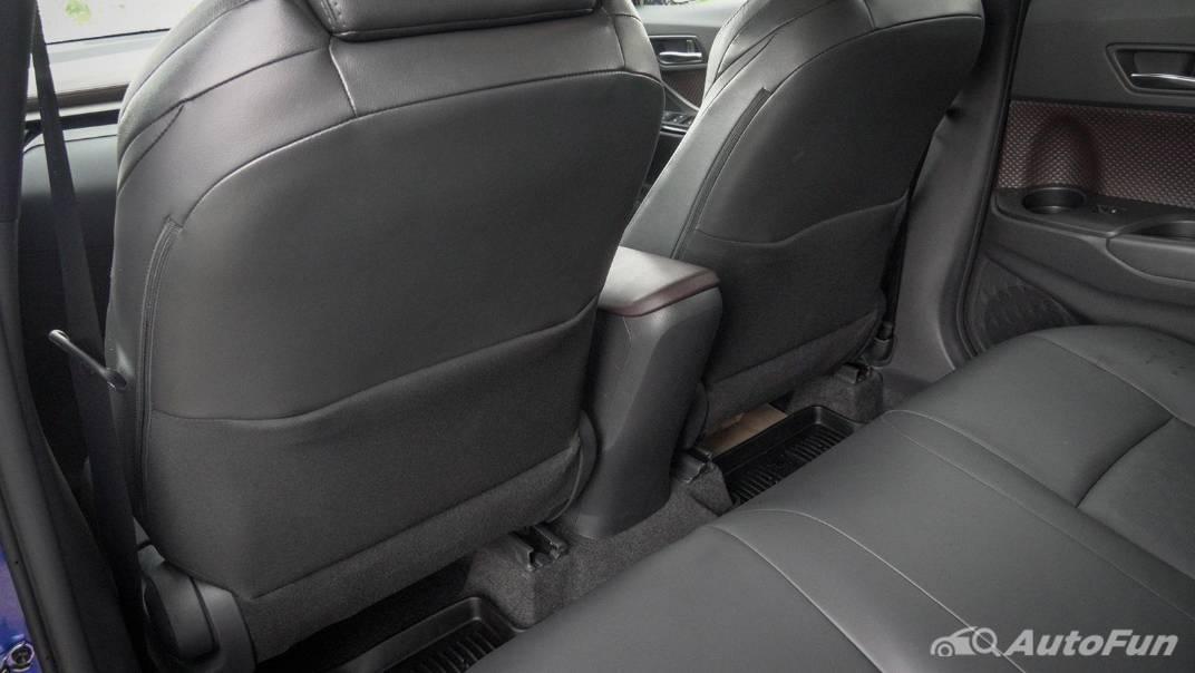 2021 Toyota C-HR Hybrid Premium Safety Interior 061