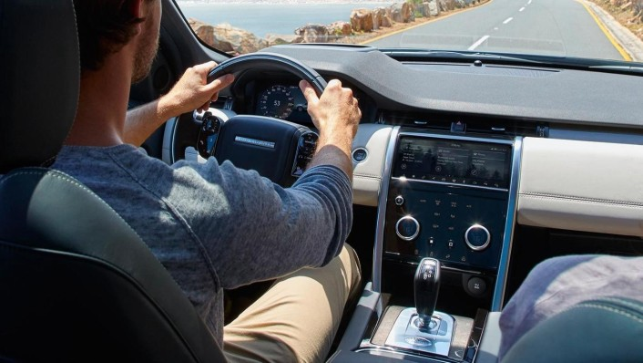 Land Rover Discovery Sport 2020 Interior 009
