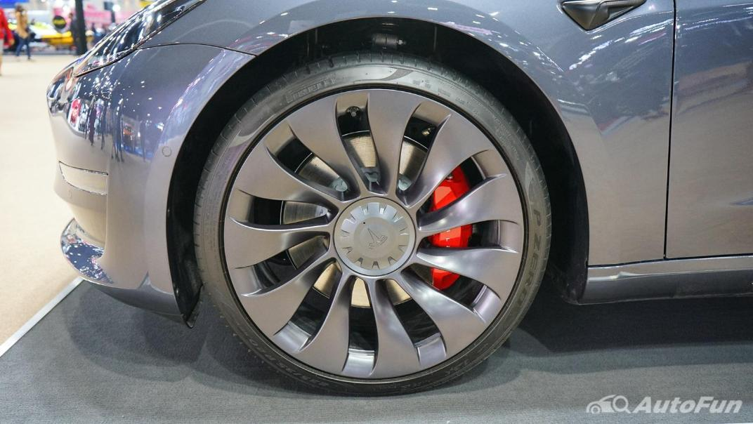 2021 Tesla Model 3 Performance Exterior 017