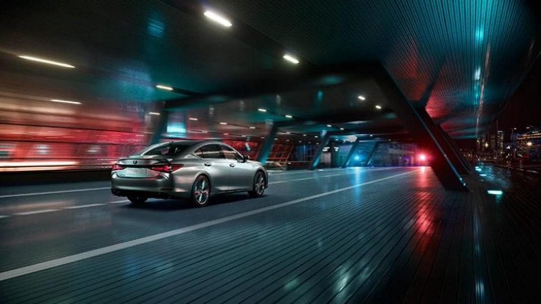Lexus ES 2020 Exterior 012
