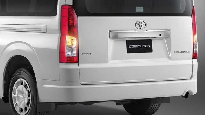Toyota Commuter 2020 Exterior 005