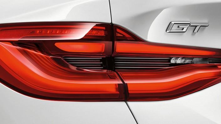 BMW 6-Series-Gran-Turismo 2020 Exterior 009