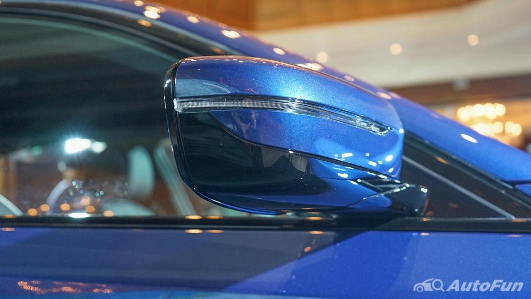 2021 BMW 5 Series Sedan 520d M Sport Exterior 018