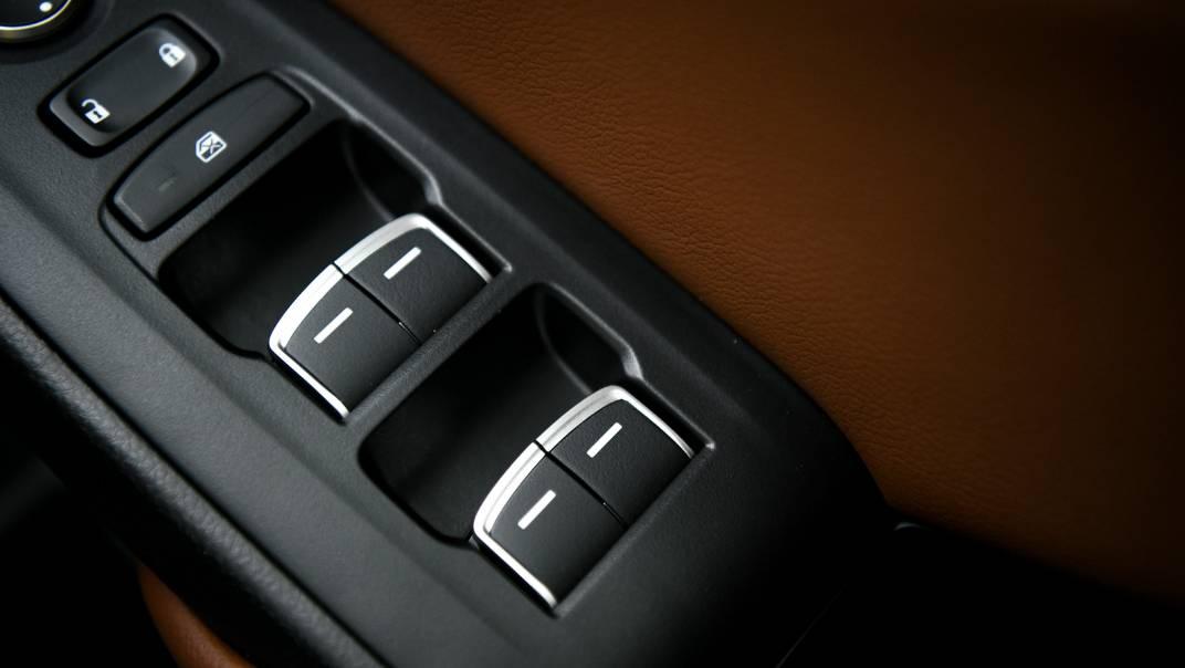 2021 Honda Accord 2.0L e:HEV EL+ Interior 046