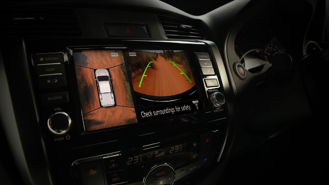 2021 Nissan Navara PRO-4X Interior 093