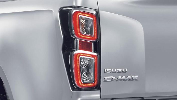 Isuzu D-Max 4-Door Public 2020 Exterior 007