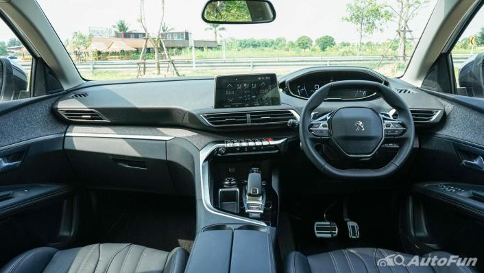 2020 1.6 Peugeot 5008 Allure Interior 001