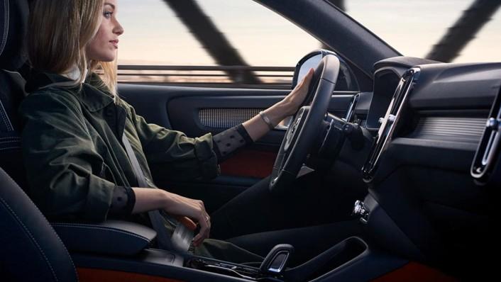 Volvo XC 40 2020 Interior 009